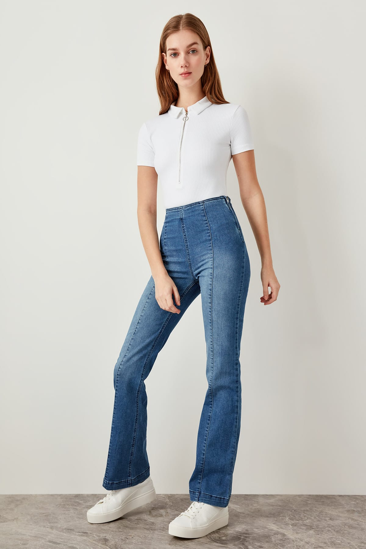 Trendyol Blue Jeans With High Waist Front Seam Detail Wide Leg Jeans F TCLSS19LR0033