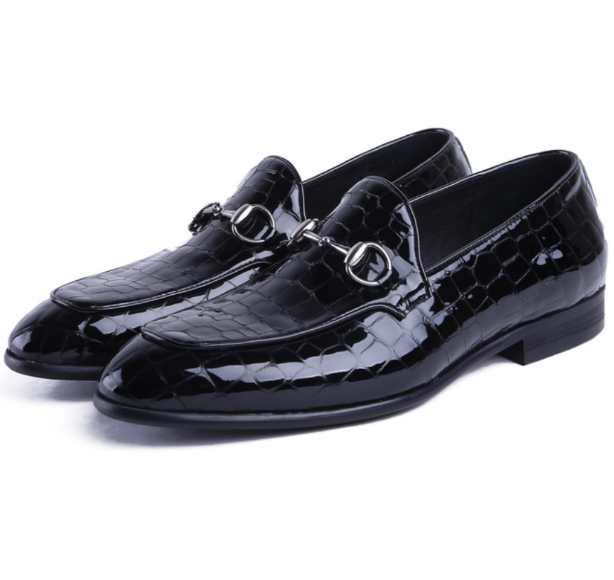 Serpentine Blue / Black Summer Loafers Mens Dress Shoes Patent Leather Formal Business Shoes Male Wedding Shoes With BuckleSerpentine Blue / Black Summer Loafers Mens Dress Shoes Patent Leather Formal Business Shoes Male Wedding Shoes With Buckle