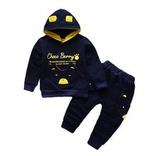 все цены на Children Clothing Sets Kids Hoodies Pants 2pcs Suits Fashion Letter Baby Boys Girl Spring Clothes Toddler Cotton Sport Tracksuit онлайн