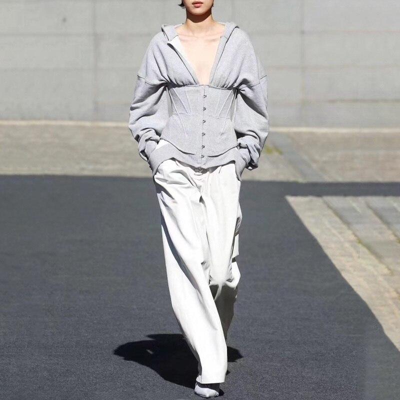Kadın Giyim'ten Kapşonlu ve Kapşonsuz Svetşörtler'de TWOTWINSTYLE Bahar Tişörtü kadın Hoodies Uzun Kollu V Boyun Yüksek Bel Ince Kazak Üstleri Kadın Moda Yeni 2019'da  Grup 2