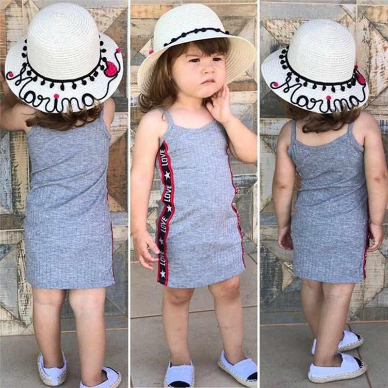 Милые обувь для девочек Бесплатная доставка, одежда с открытыми плечами на бретельках Письмо печати летнее платье принцессы без рукавов повседневное Хлопковые Платья