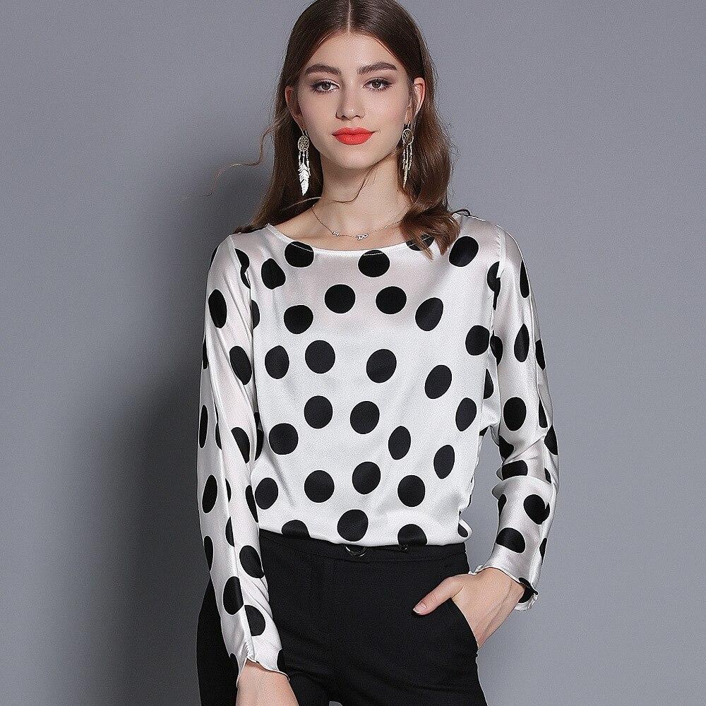 Корейская мода уличная 2019 Весна Женщины o образным вырезом с длинным рукавом белый и черный горошек Блуза летучая мышь рукав шелковые топы