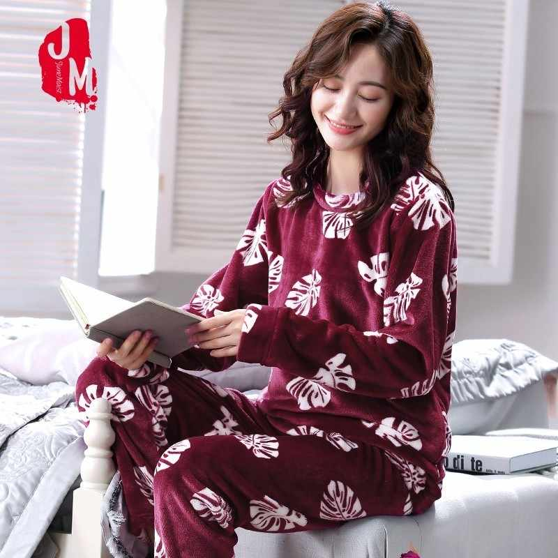 Flannel Women Pajamas Set Warm Pajamas Female Winter Thick Pyjamas Women  Long Autumn Cartoon Pijamas Women 8c8997328