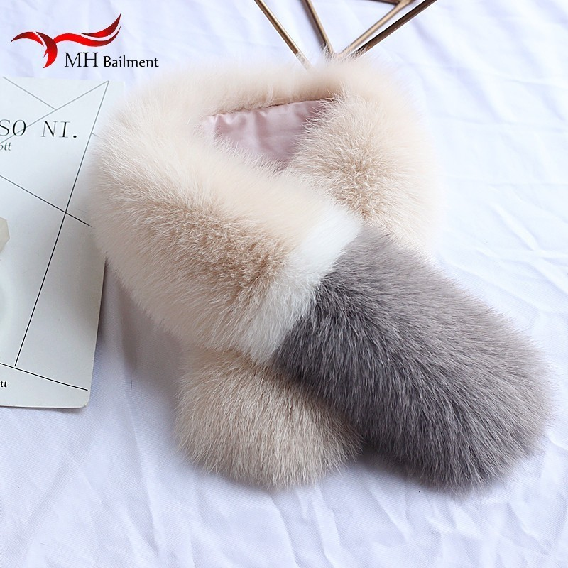 Femmes renard fourrure écharpe hiver nouveau cuir entier trois couleurs couture mode luxe collier avec Clip femme écharpe, chapeau gants ensemble