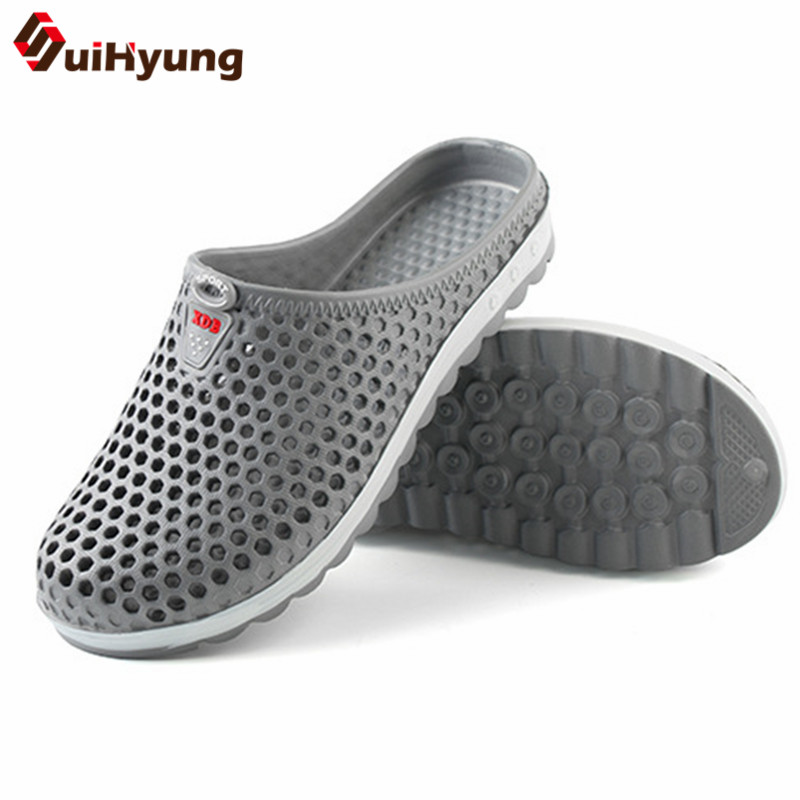 Suihyung Summer Casual Shoes 2019 New Men Beach Slippers Breathable Hole Flats Slides Lightweight Man Massage Shoes Male Sandals