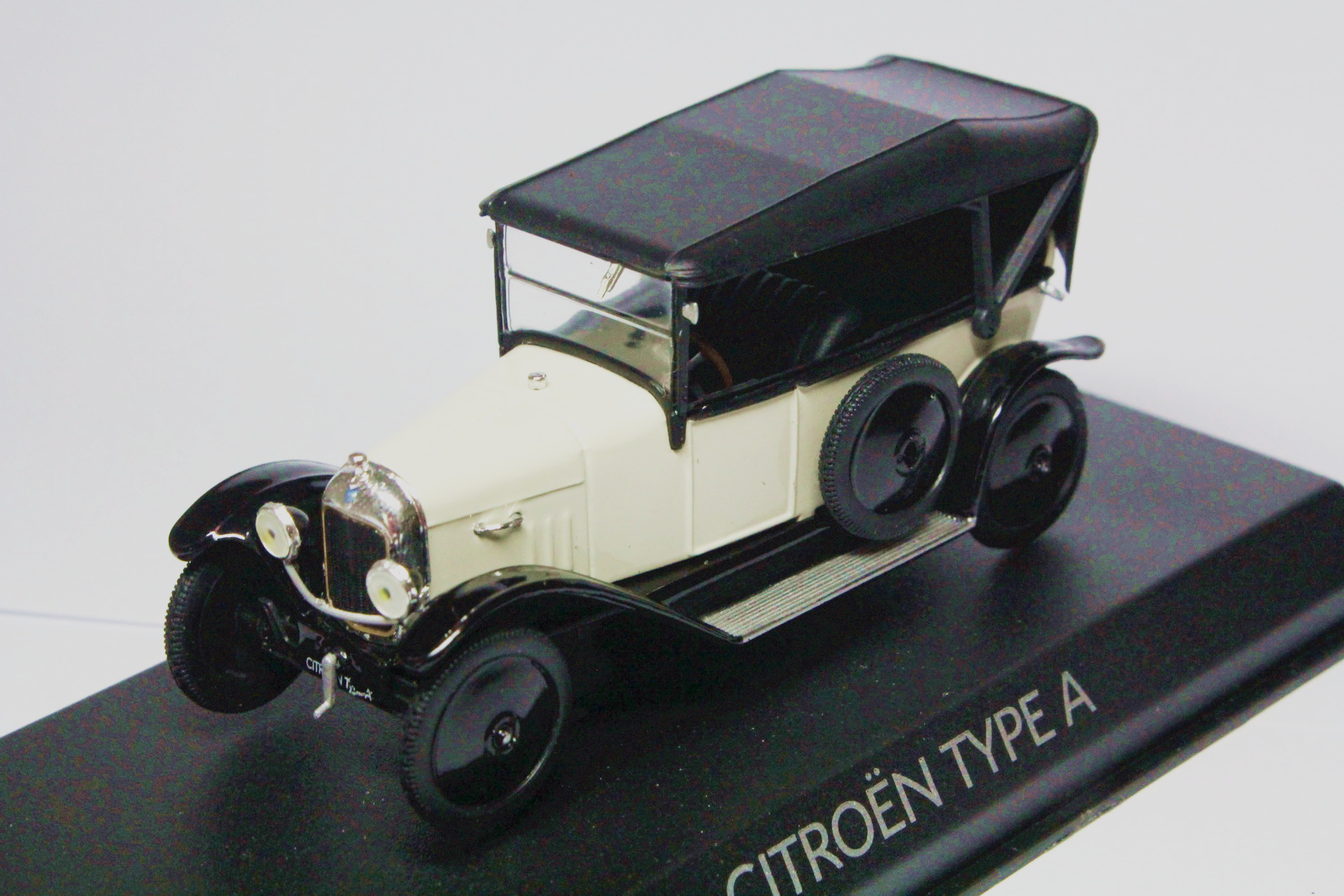 1 43 Citroen Type A 1919 WHITE Diecast Model Collection Gift