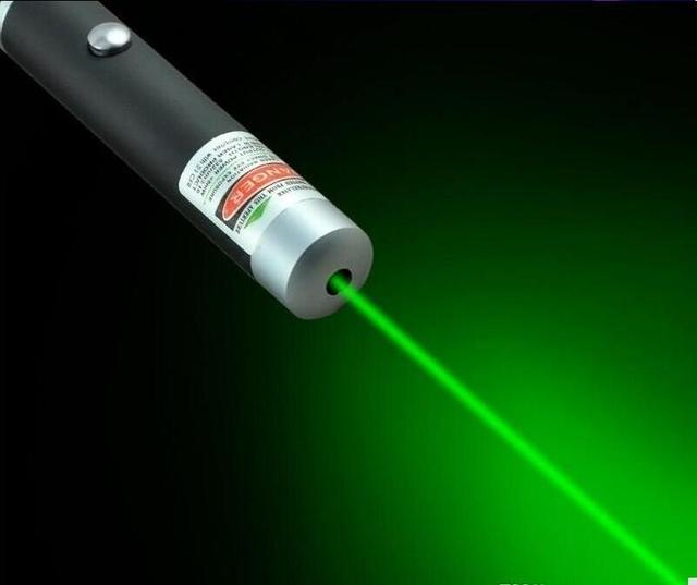 עוצמה צבאי 5 mW 10 W 532nm ירוק אדום אור לייזר עט קרן לייזר מצביע עט עבור הרכבה לילה 1000 m ציד מלמד חג המולד