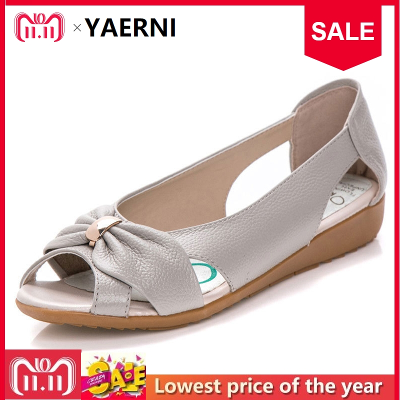 YAERNI Fashion Genuine Leather Ladies Sandals Women Cow Leather Hollow Flat Bowknot Butterfly-Knot Metal Plus Size Woman Sandals цена 2017