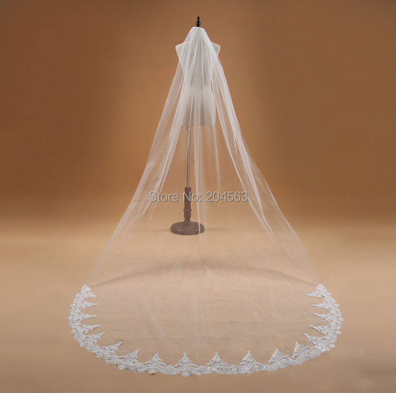 One-Layer White or Ivory Lace Wedding Veils Tulle Veil for Bride with Comb