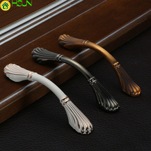 Handles for furniture uchwyty do mebli White Kitchen Cupboard Wardrobe Furniture Door and Knobs Z-0374