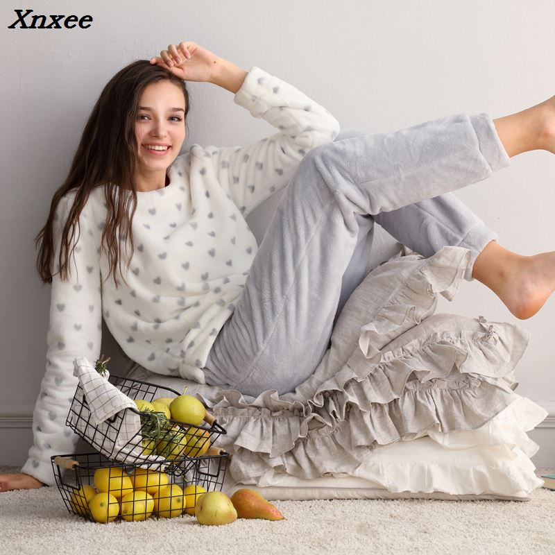 Two Piece 2018 Autumn Winter Women Ladies Fleece Warm Soft Flannel Heart Printed Pajamas Suit Female Casual Home Clothes Xnxee