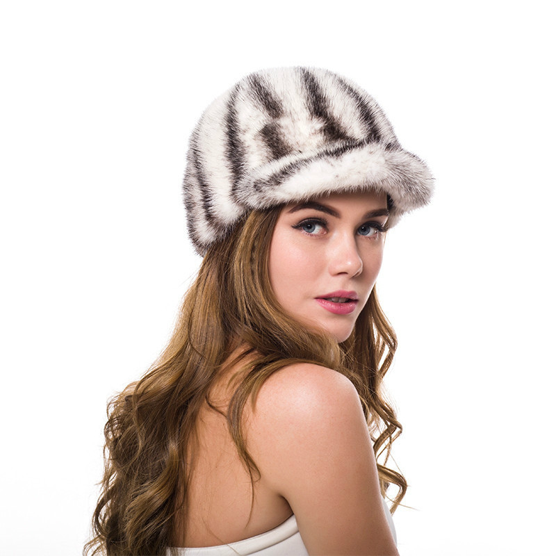 2018 New Casual Real Mink Fur Hat Women 100% Natural Real Mink Fur Knight Cap Lady Winter Lovely Adjustable Size Mink Fur Hats
