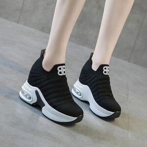 Image 4 - ฤดูร้อนสตรีภายในความสูงรองเท้า WEDGE แพลตฟอร์มลื่นบนรองเท้าผ้าใบลิฟท์