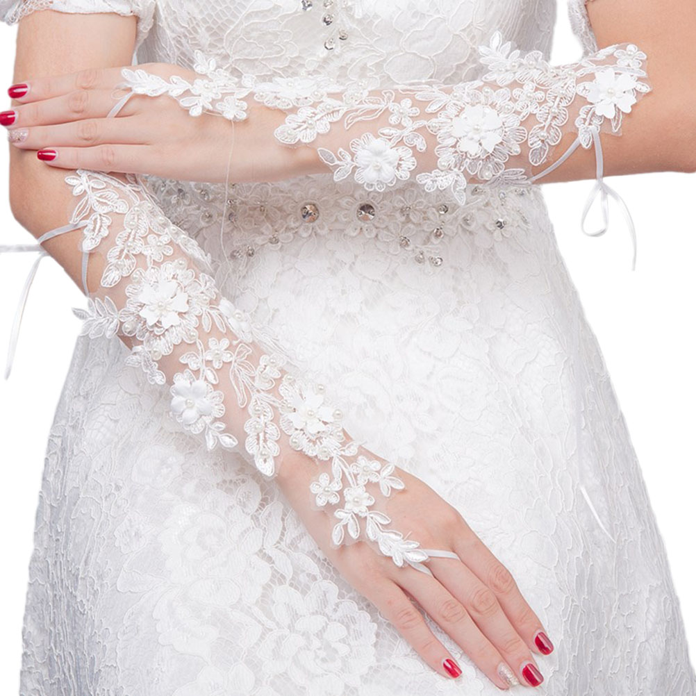 1 Pair Bride Lace Gloves Hollow Out Embroider Flower Dew Finger Bandage Gloves Wedding Decorations Dress Accessories