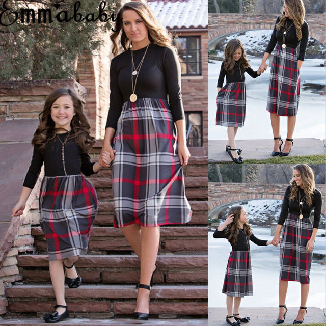 Brand New 2018 Women Family Matching Dress Fashion Mom Girls Long Sleeve Plaid O-neck Dress Mother And Daughter Clothes Newest 3