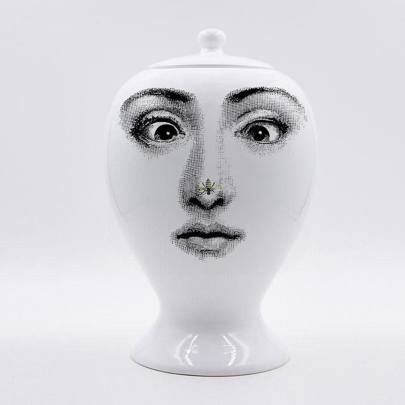 Fornasetti wazon Decor doniczka europejskiej ceramiczne dekoracyjne duże uszczelniania wazon akcesoria do dekoracji domu boże narodzenie w Butelki, słoiki i pudełka od Dom i ogród na  Grupa 1