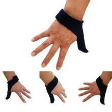 Adjustable Stretch Bowling Thumb Saver - Bowling Ball Sports Finger Grip Gear Protective Glove - One Size Fits Right & Left Hand(China)