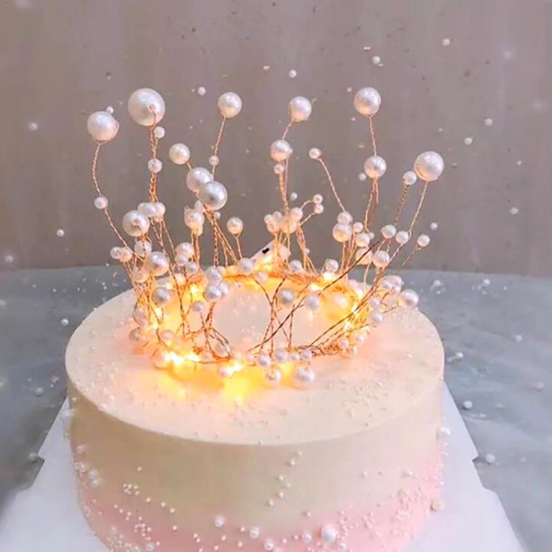 Brillant à La Main Perle Princesse Couronne Coiffure Gâteau Topper Mariage Mariée Et Le Marié Joyeux Anniversaire Chapeau Gâteau Décoration