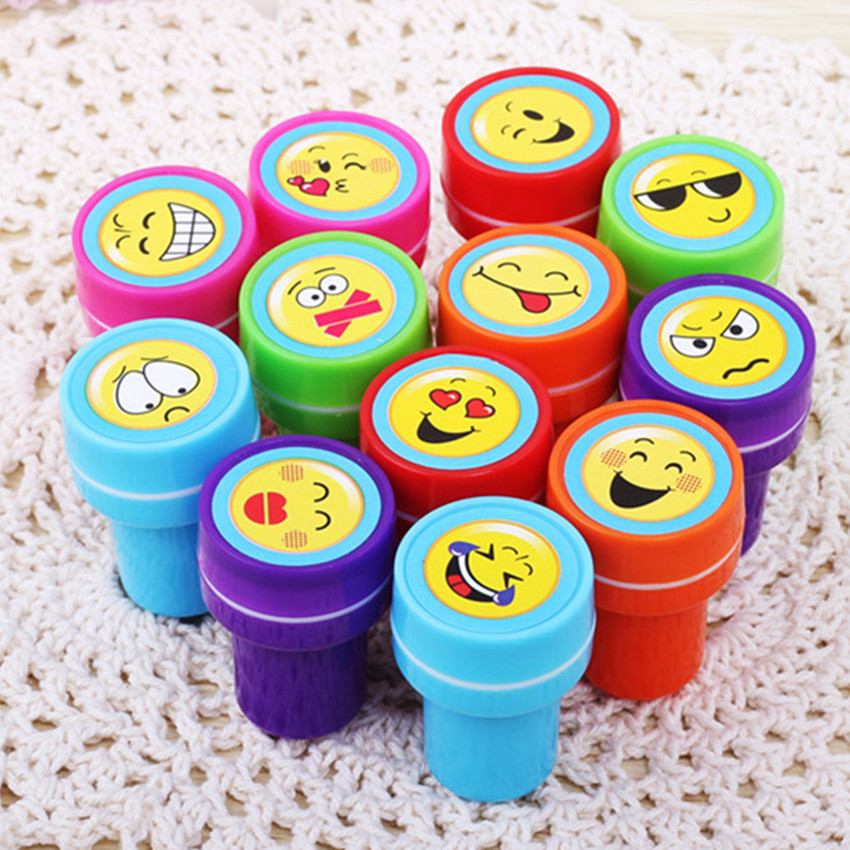 6pcs Self-ink Cartoon Rubber Stamps Toy Kids Stamp Birthday Christmas Gift Toys DIY Scrapbook Educational Toy