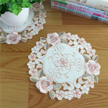 European Style Cup Mat Coffee Pad Table Disc Heat Insulation Vase Tablecloth Christmas Wedding Decoration