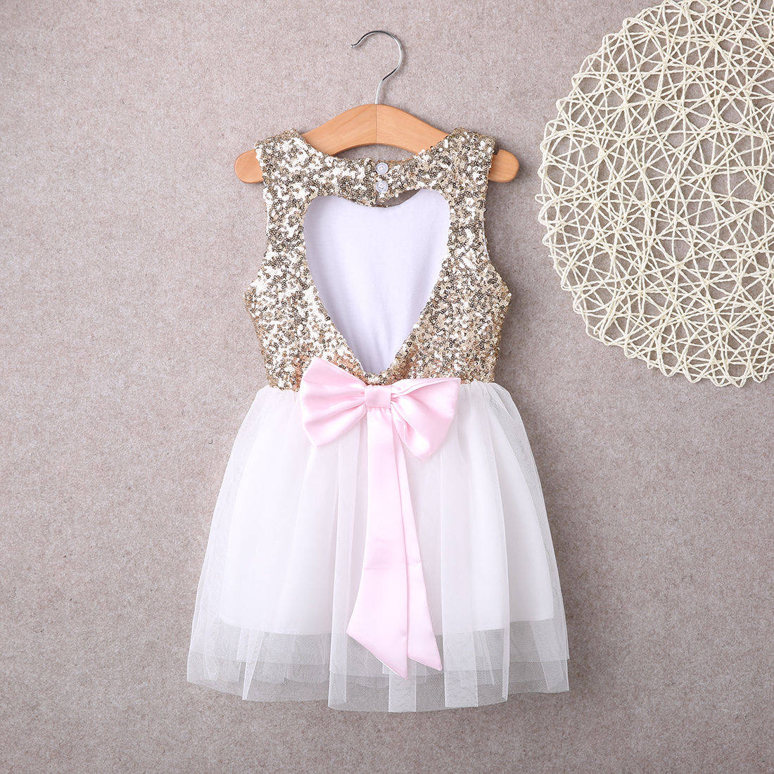 733f2ca14 Sequins Children Baby Girls Dresses Clothing Party Gown Mini Ball Formal  Love Pattrern Backless Bow Party