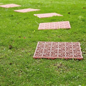 Antypoślizgowe maty antypoślizgowe ogrodowe podłogi plastikowe balkonowe ogrodowe podkładki garażowe łączone łączenie maty ogrodowe plastikowe płytki podłogowe wodoodporne tanie i dobre opinie 300mm 22mm plastic drop shipping wholesale stock as show 5pcs Garden Mat Non-slip mat waterproof Plastic floor tiles About 29 5x29 5cm 11 61x11 61in