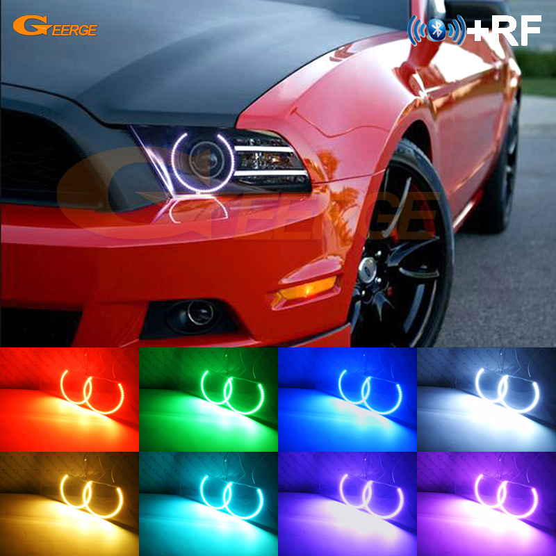 For Ford Mustang 2013 2014 lyskaster Utmerket RF Bluetooth-kontroller Flerfarget Ultralys RGB LED Angel Eyes Halo Ringesett