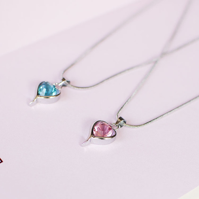 52cabaade7e fashionable women necklace crystal love Pendant Necklaces Men Women popular  Jewelry Collar for neck pole chain snake
