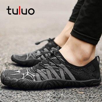 906d5c802 Zapatos de agua Unisex de verano de TULUO para hombres y mujeres,  transpirables, descalzos, de secado rápido, antideslizantes, para nadar,  para hombre, ...