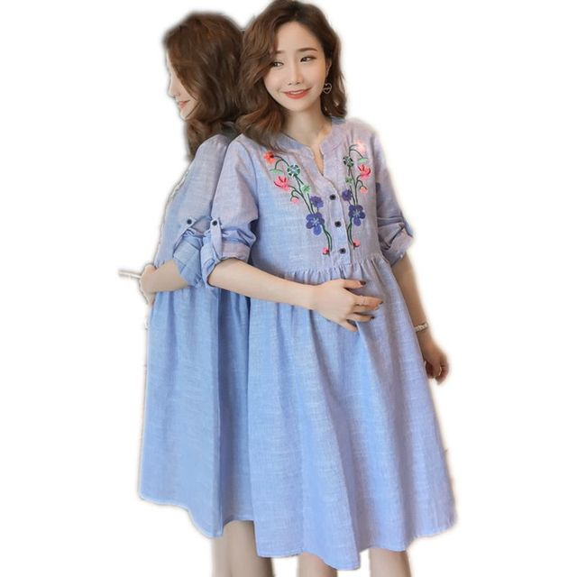 0c57e4f5c6628 Summer Maternity Dresses for Pregnant Clothes for Women Fashion Flower  embroidery V Neck Losse Casual Plus Size Pregnancy Dress