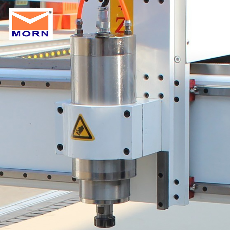 MORN Mini Automatic Tool Changer Router 1.5KW Spindle  Water Cooling 3 Axis Advertising Cnc Router For Metal , Acrylic , MDF