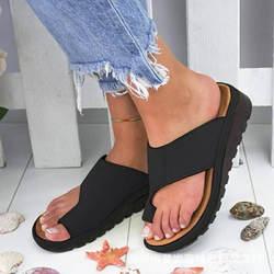 Сандалии большого размера; женские летние шлепанцы в европейском и американском стиле на танкетке с толстой подошвой; пляжная обувь