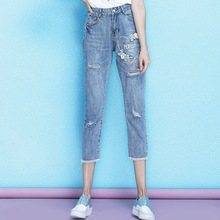 Retro craft print holes jeans women summer new arrival loose calf-length casual embroidered flares denim female NW19B6131