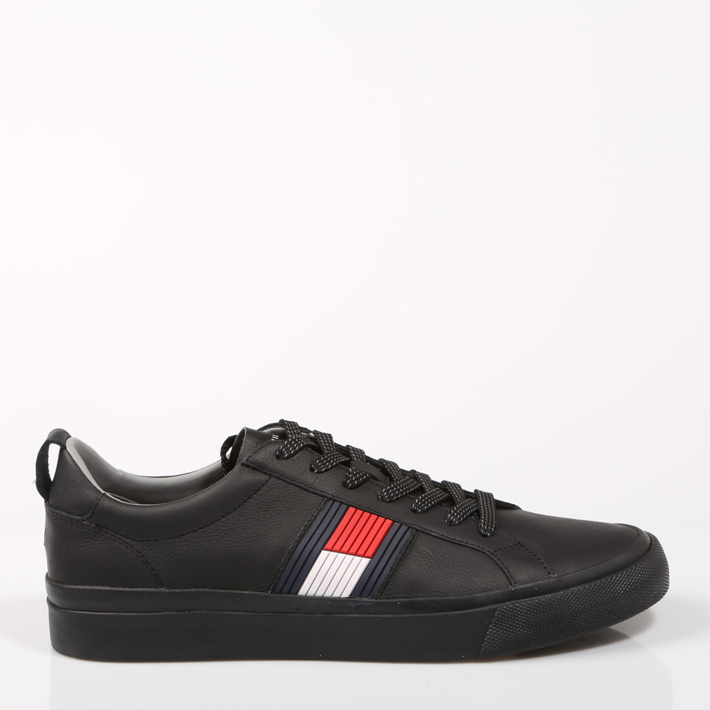 a02640840fe784 Aliexpress.com   Buy TOMMY HILFIGER FLAG BLACK FM0FM01712 990 from Reliable  Running Shoes suppliers on Zapatos Mayka Store