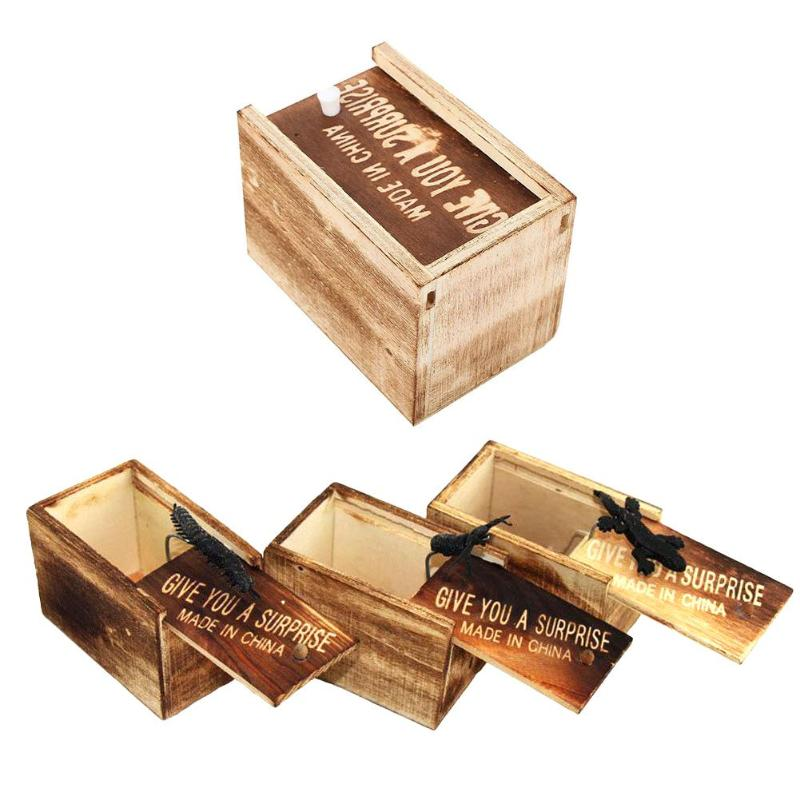 Novelty & Gag Toys Good Wood Give You A Surprise In Case Trick Play Joke Toy Fools Day Prank Scared Spider Wooden Surprise Box Horror Bag Toys Toys & Hobbies