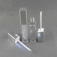 LED Acrilico Tubo Lipgloss 8 ml Argento Lip Smalto Tubo Con Specchio Acrilico Lip Gloss Tubo Con La Luce del LED Lipgloss imballaggio 30 pcs