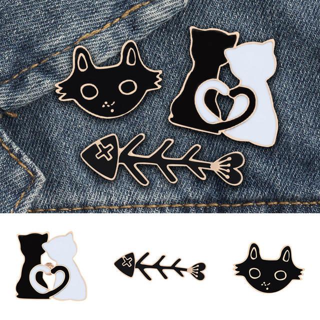 Scarf Hat Brooch 1pc For Women Men Bag Skirt Animal Fish Bone Sweater Couple Shirts Lapel Pin Badge Black White Cat Cartoon