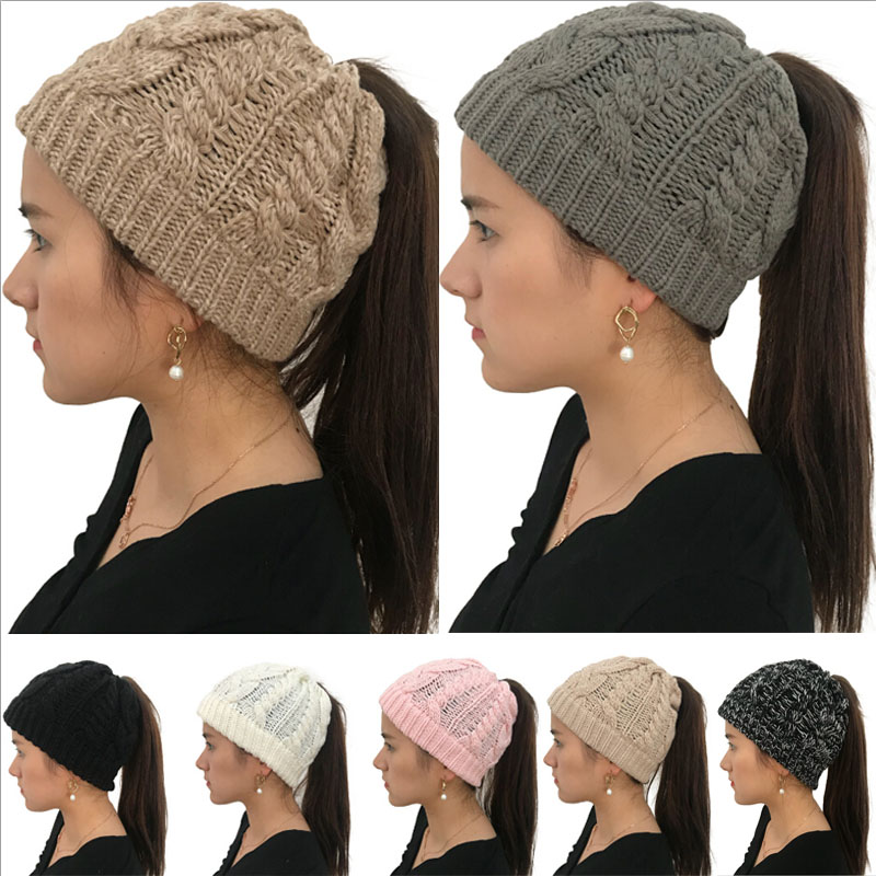 BRAND NEW LADIES WOMENS SOFT PLAIN COLOUR PONYTAIL MESSY BUN RIBBED WINTER BEANIE HAT CAP