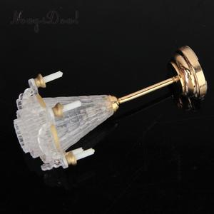 Image 2 - 1:12 סולם בית בובות מיניאטורות ריהוט קישוט LED שולחן אור תקרת מנורת סוללה מופעל פלסטיק אור אביזרים