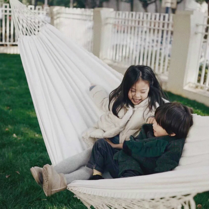 Natural White Macrame Hammock Swing Chair Boho Cotton Canvas Indoor & Outdoor Hanging Chair Wedding DecorationNatural White Macrame Hammock Swing Chair Boho Cotton Canvas Indoor & Outdoor Hanging Chair Wedding Decoration
