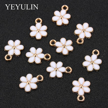 Wholesale 10PCs Gold Tone Enamel White Flower Charms Pendant
