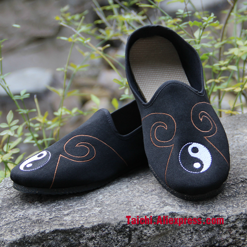 Rubber Sole Cotten Breathable Taoist Shoes Chinese Traditions Footwear Tai Chi Shoes  Kung Fu Wushu Shoes Rubber Sole Cotten Breathable Taoist Shoes Chinese Traditions Footwear Tai Chi Shoes  Kung Fu Wushu Shoes