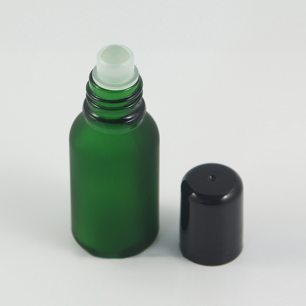 15 Ml Green Frosted Glass Roll On Bottle Sample Test