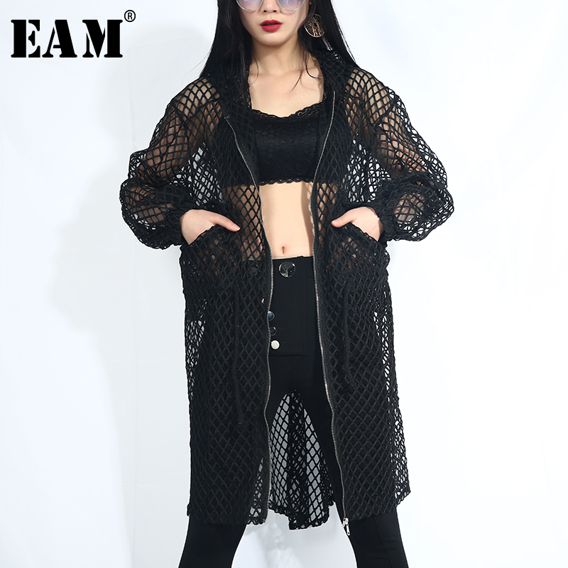 [EAM] 2020 New Spring Autumn Hooded Long Sleeve Black Grid Personlaity Loose Big Size Jacket Women Coat Fashion Tide QD36