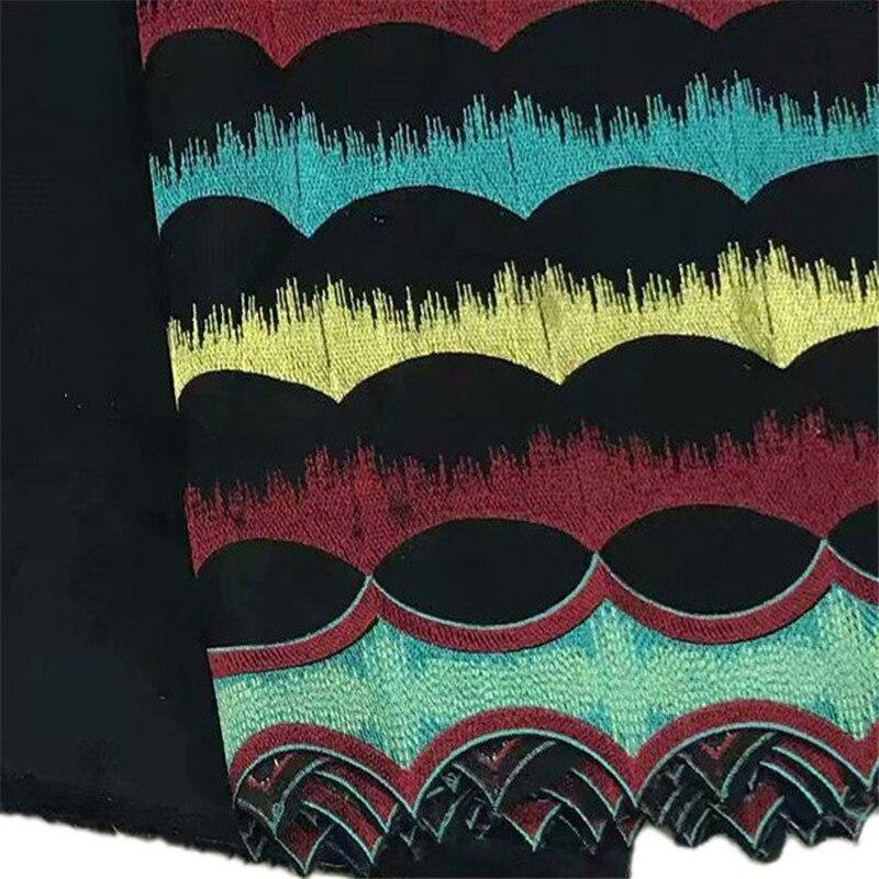 جميلة مطرزة الأصفر الأزرق و الأحمر نمط 5 + 2 ساحات الأسود القطن النسيج 2W75 ، شحن مجاني السويسري الفوال الدانتيل النسيج-في قماش من المنزل والحديقة على  مجموعة 2