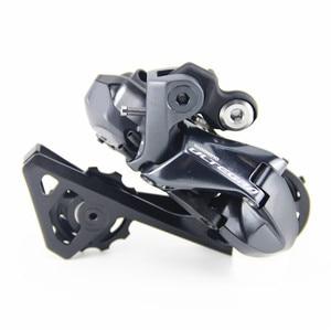 Image 5 - SHIMANO R8050 R8070 Di2 Groupset ULTEGRA R8070 Schaltwerke STRAßE Fahrrad ST + FD + RD R8050 Umwerfer SCHALTWERK shifter