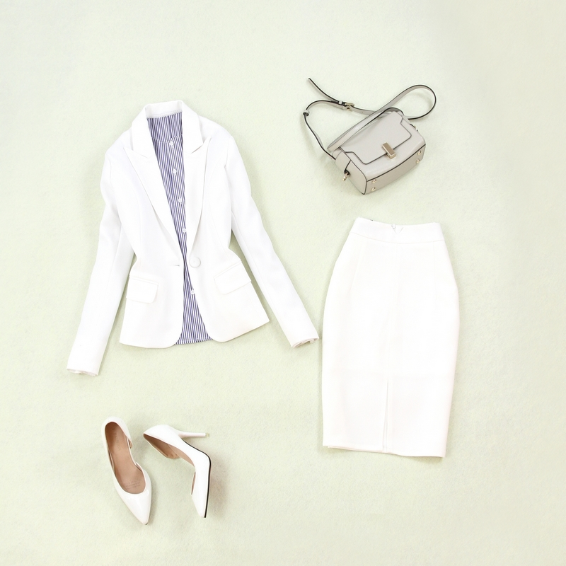 Women's Suits 2019 Summer New Women's Large Size Single Buckle White Small Suit Jacket Slim Bag Hip Split Skirt Two-piece Suit