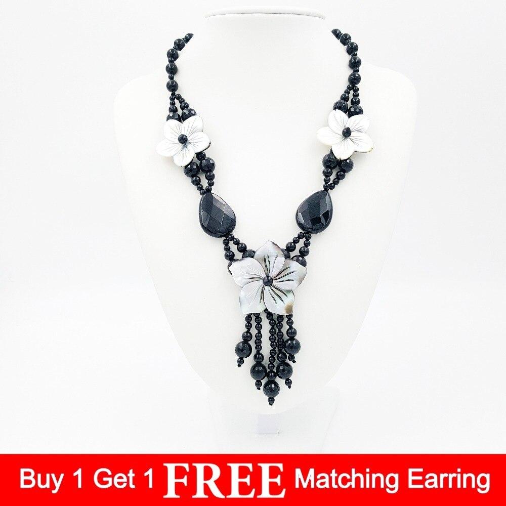 Perles d'onyx Agates noires en pierre naturelle et coquille de nacre découpant des glands de fleurs pendentif collier de mode 20 pouces