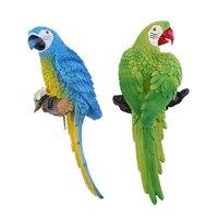 2Pcs Simulation Parrot Birds Sculpture Wall Hanging Cute Macaw Resin Craft