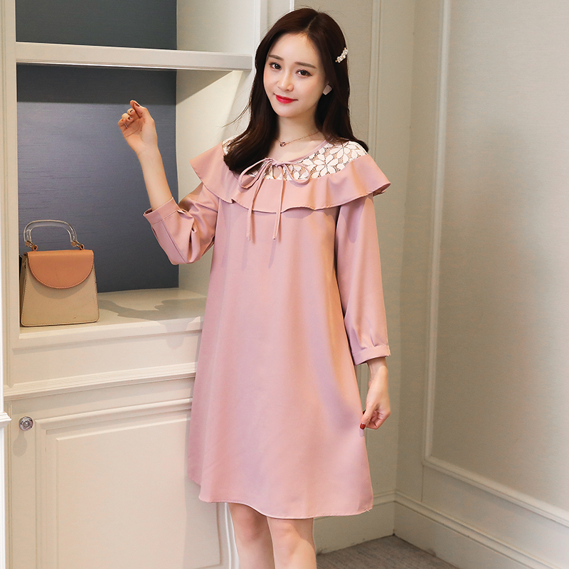 Aliexpress.com   Buy Pengpious 2019 spring new maternity fashion loose mini  dress three quarter sleeve lace patchwork pregnant woman chiffon dress from  ... 9a83c214f911